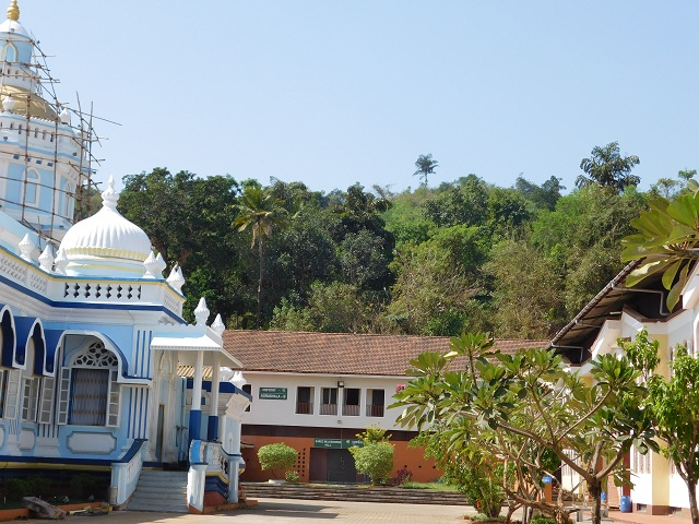 Mangesh Temple Goa